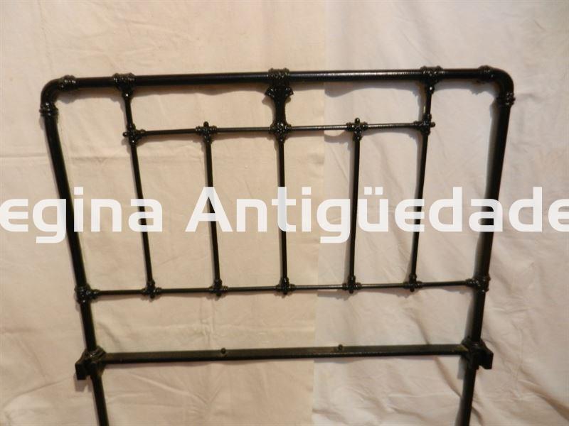 Antiguos cabeceros de hierro forjado armarios y camas - Cabecero hierro forjado ...
